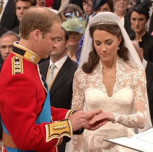 Prens William ile Catherine Middleton evlendi